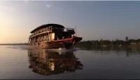 [image] La BBC a fait des images superbes du Bassac pendant tout le tournage de Rick Stein's Far Eastern Odyssey